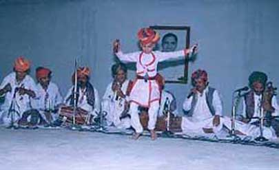 Langa Bandhu giving performance on the occassion of Appaji Birth Anniversary
