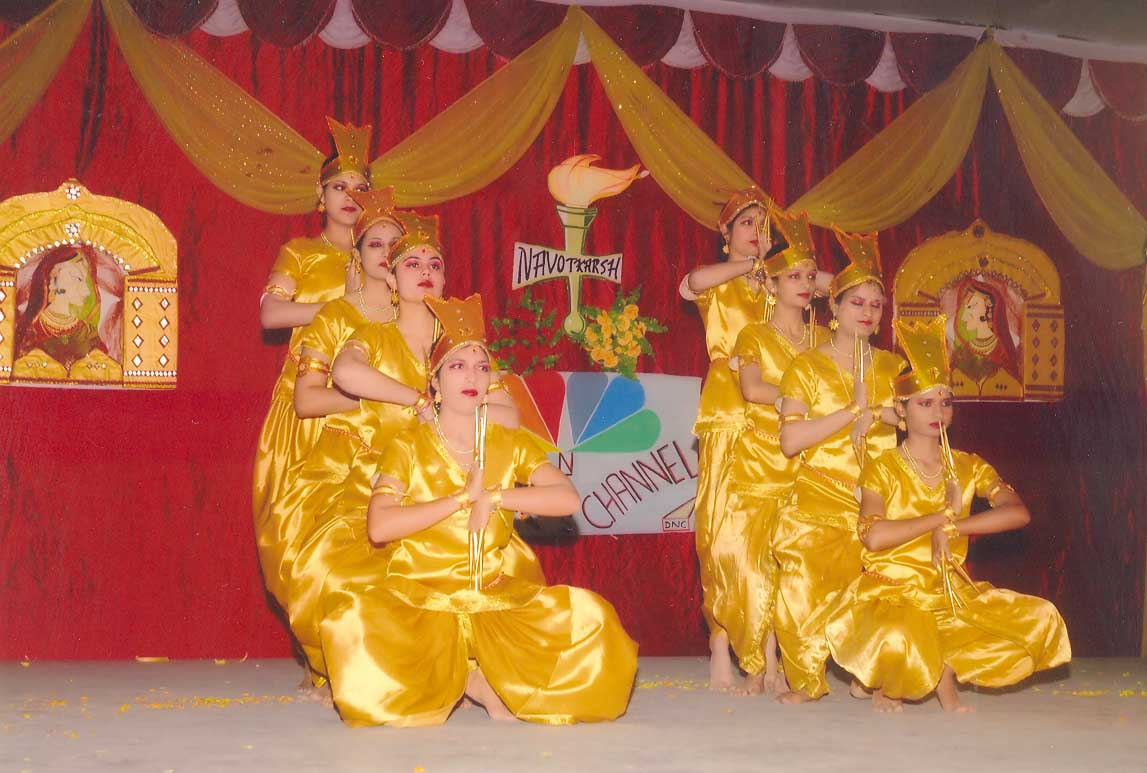 Students presenting cultural programme in 'Navotkarsh' (2009)